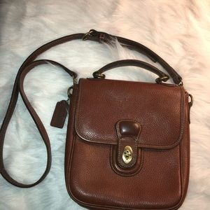 Vtg Coach shoulder crossbody Brown tan handbag.